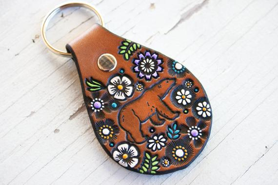 bear and wildflowers leather key ring
