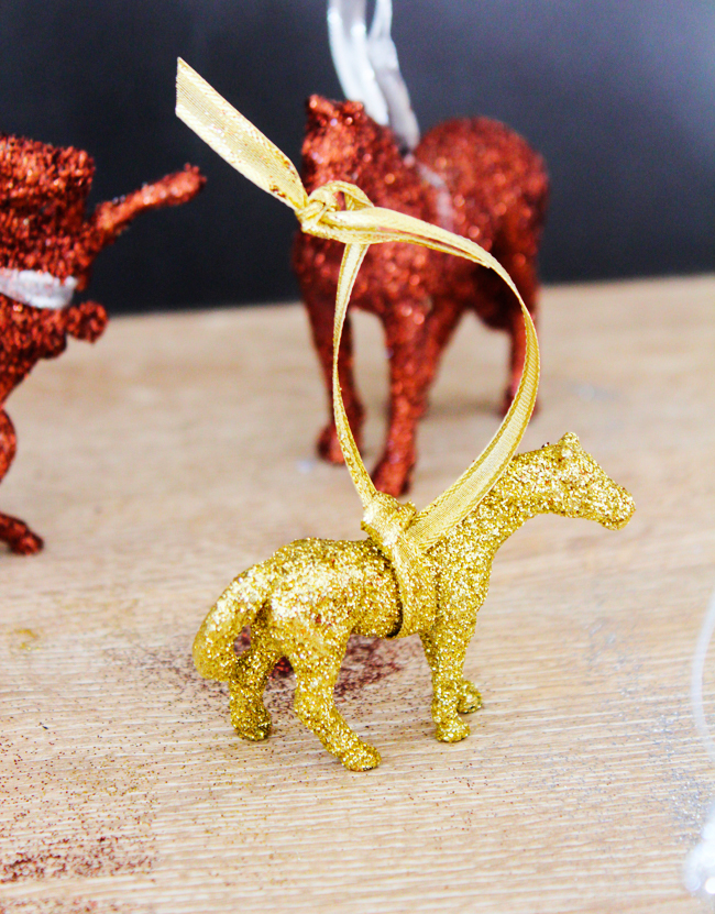 glittery DIY horse ornaments