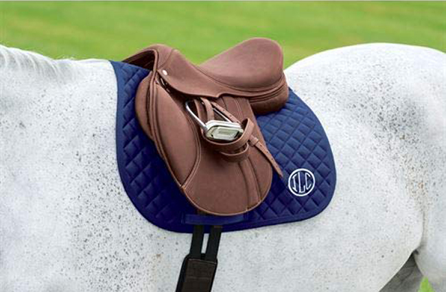 All-purpose quilted saddle pad