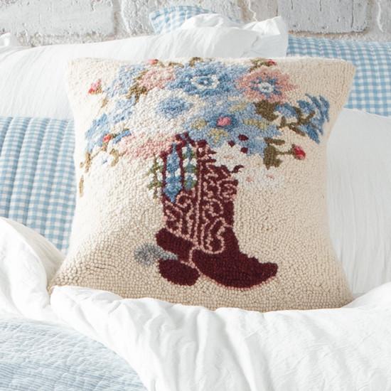 Almofada floral para botas