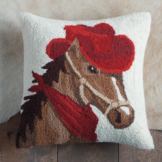 Cavalo com chapéu de almofada